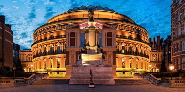 Camarote de 12 lugares en el royal albert hall en venta for Door 12 royal albert hall