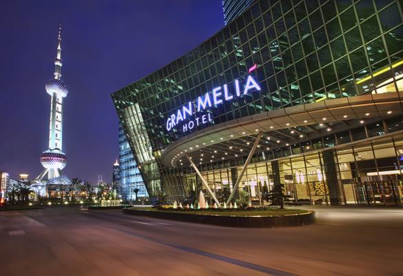 Meli hotels de mallorca a medio mundo en 60 a os de historia for Melia hotel