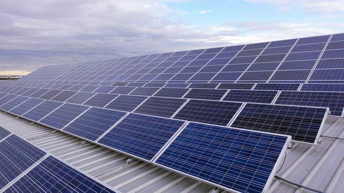 La fotovoltaica exige al Gobierno la rectificación de los recortes en el BOE
