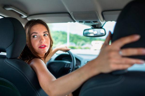Errores de conducción que pueden estar reduciendo la vida de tu coche