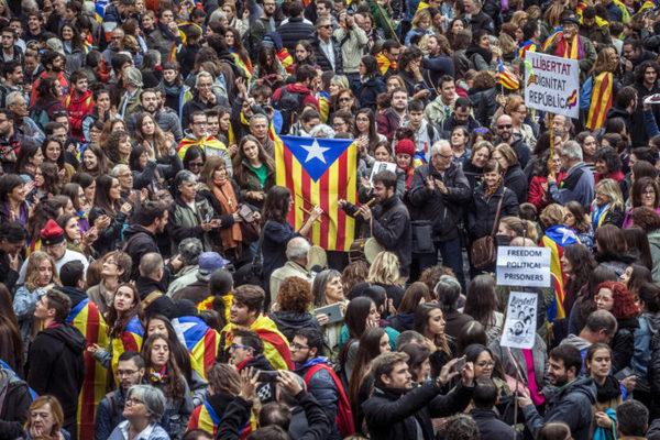 Los platos rotos de Cataluña: ¿cuál es el costo de la crisis para España?