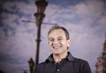 ¿Por qué Disney premia a su CEO con un bono de 36,3 millones de dólares?