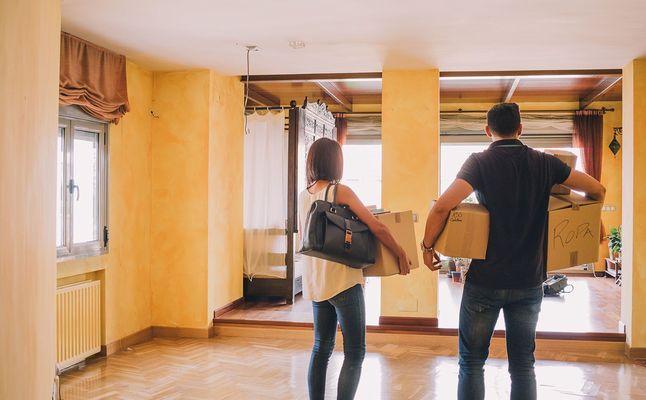 Los jóvenes quieren comprar una vivienda, pero no pueden hacerlo