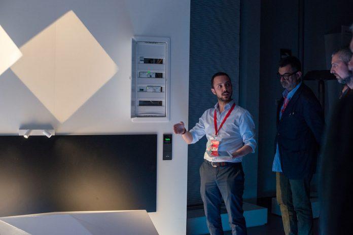 Schneider Electric e iGuzzini presentan al sector sus innovaciones en iluminación inteligente