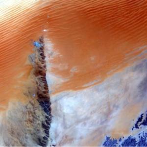 El desierto de arena continuo más grande del mundo - Rub 'al Khali está capturado por EOS de Max Polyakov