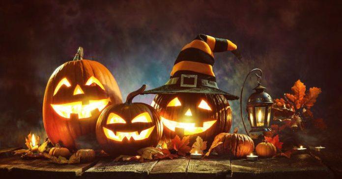 [Azonnali játék] Kárognak a varjak Se-dispara-la-venta-de-disfraces-ante-la-festividad-de-Halloween-2018-seg%C3%BAn-disfracestuyyo.com-696x365