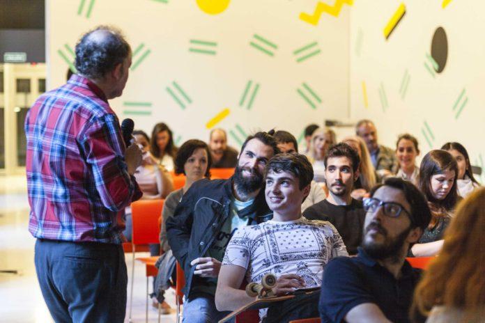 Foto de Becas para másteres semipresenciales en IED Madrid