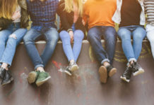 Jóvenes y los bancos