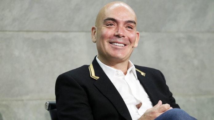 Kike Sarasola