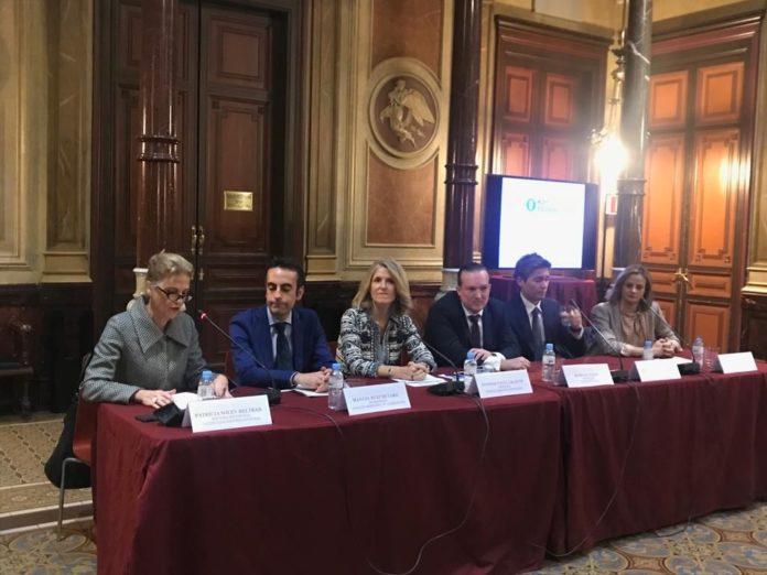 Foto de Intervención de los ponentes durante la presentación del