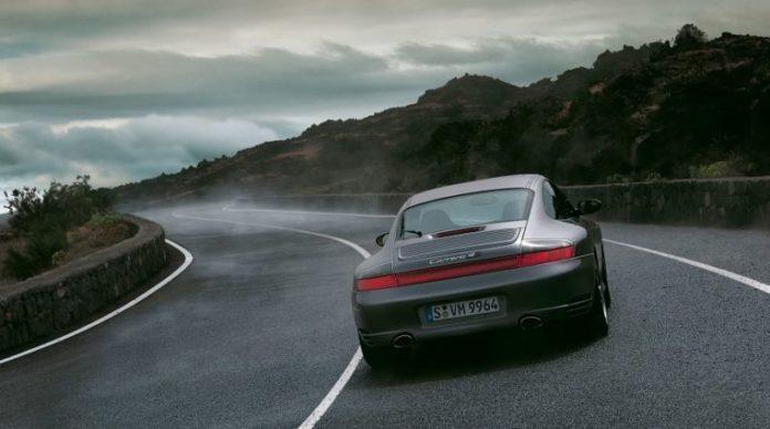 Porsche, Tesla