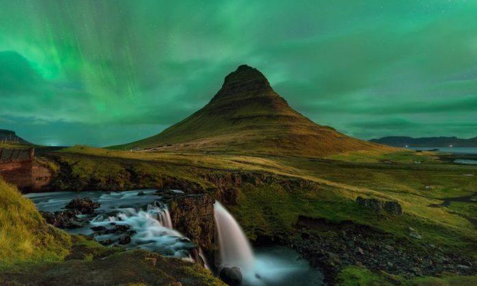 Foto de Auroras Boreales - Espectáculo Isalndia