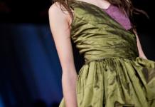 Vestido fabricado con tejidos sostenibles.