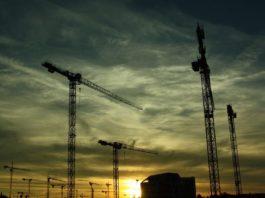 Así es la gran mentira laboral en la construcción y el inmobiliario