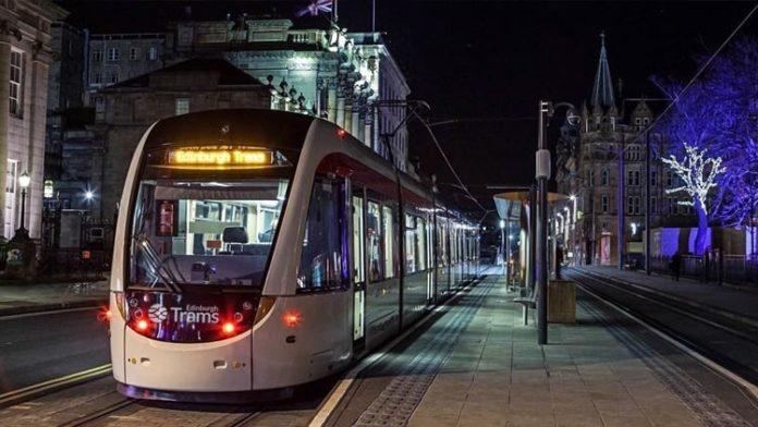 Tranvía de Edimburgo