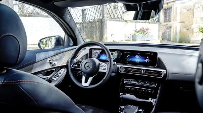 Mercedes-Benz EQC interior