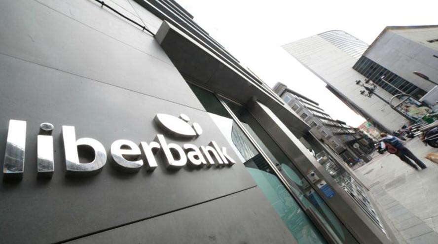 Liberbank recorta salarios y facilita una posible opa de Abanca