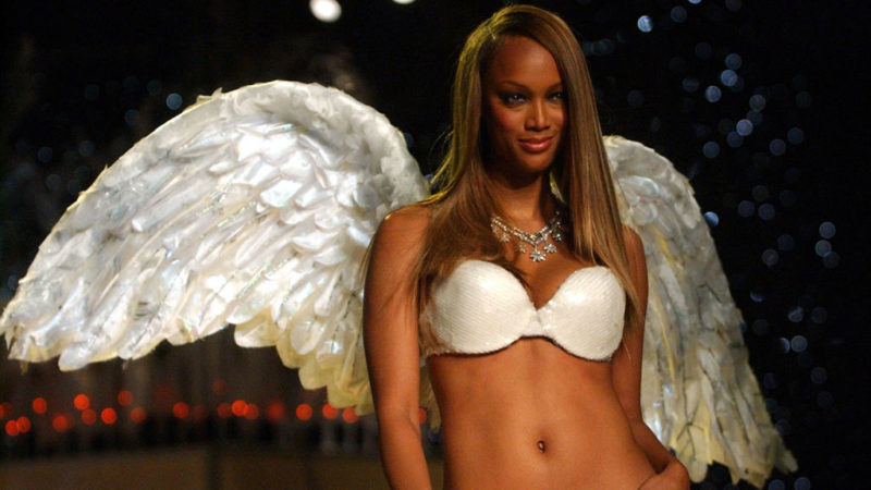 Tyra Banks possando