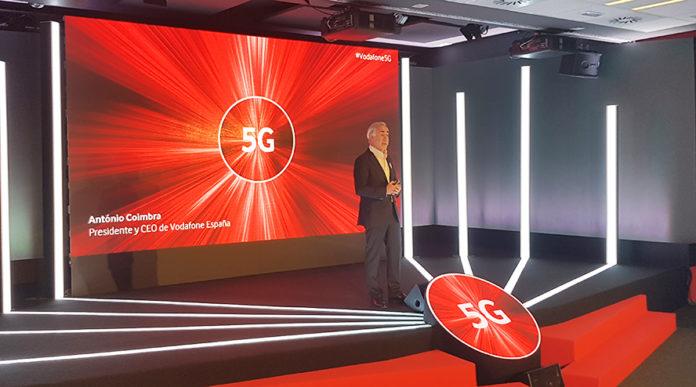 El CEO de Vodafone España durante la presentación