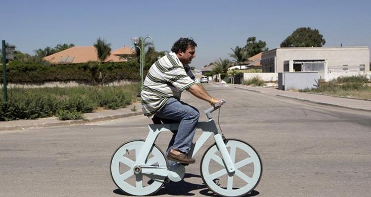 Izhar Gafni, creador de la bicicleta reciclada Alfa