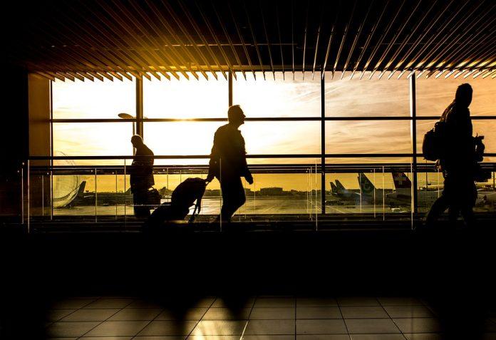 huelgas en trenes y aeropuertos