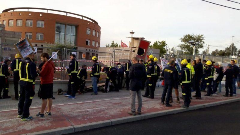 concentracion bomberos forestales 13 de septiembre