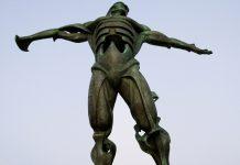 Estatua del Viento, monumentos España