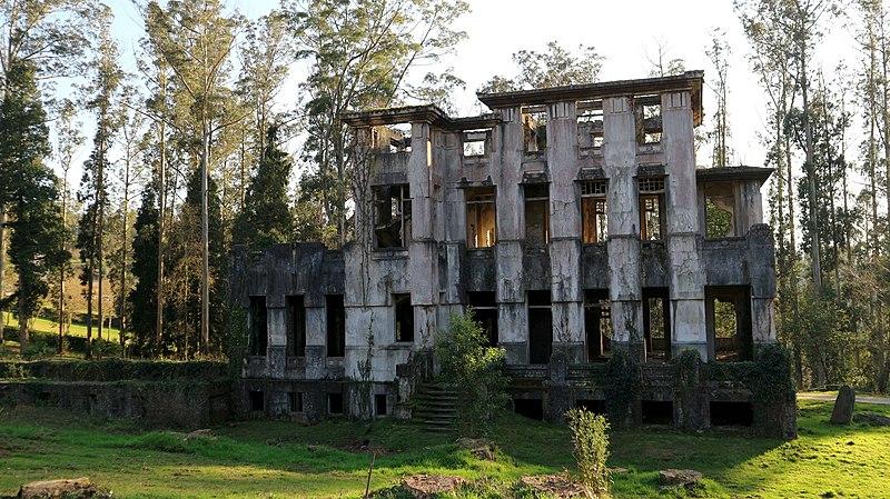 Sanatorio de Cesuras, lugares abandonados