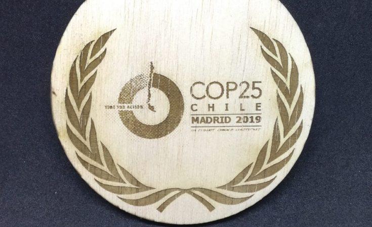 Medallas COP25 Madera Trofeos Romero Soria