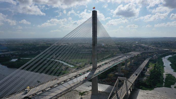Sacyr puente ancho Latinoamérica