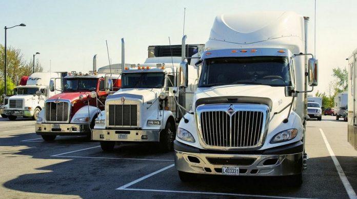 camiones Cabezas tractoras y semirremolques