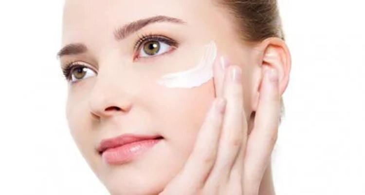 Cremas y mascarillas Clinique brillo rostro