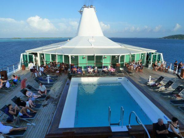 piscina en cruceros