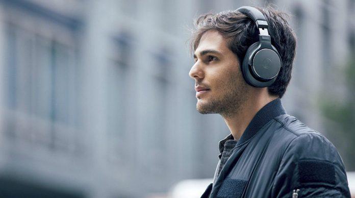 La apuesta de los audiolibros enturbia la supervivencia de las librerías