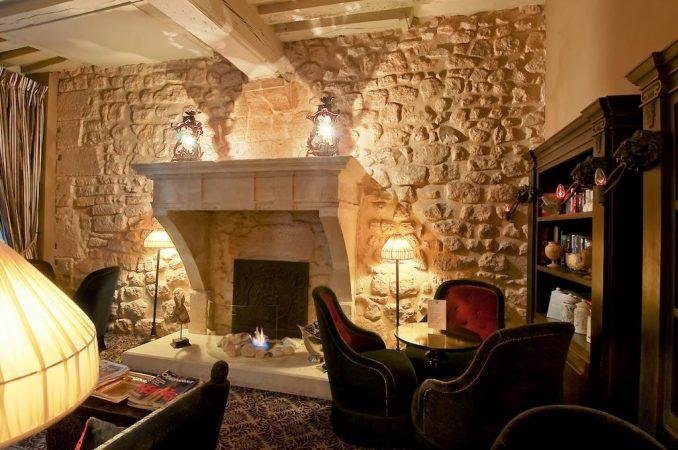 Hoteles París, Booking