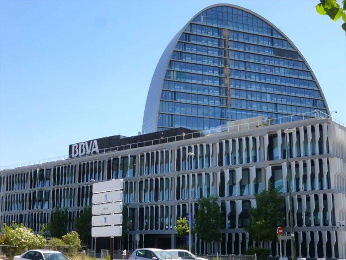 Edificio BBVA, Caixabank, Bankia, Santander