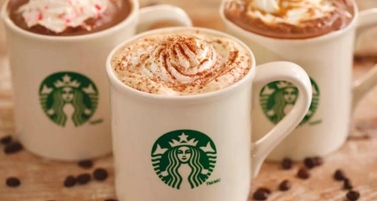 Prepara café Starbucks en casa