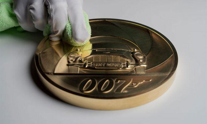 james bond casa real de la moneda