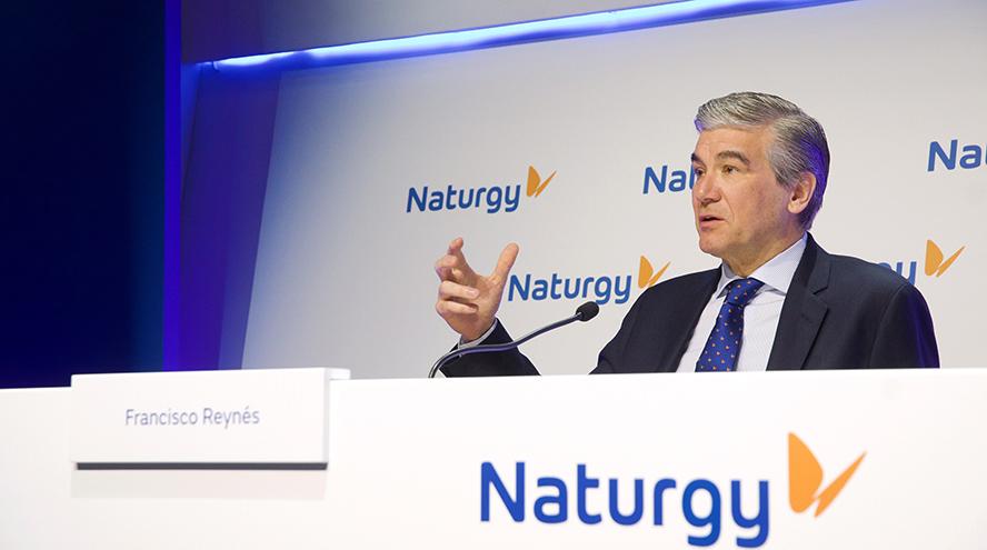 Naturgy escapa de la tormenta eléctrica de precios gracias al gas