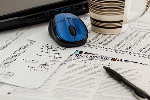 revision facturas hacienda