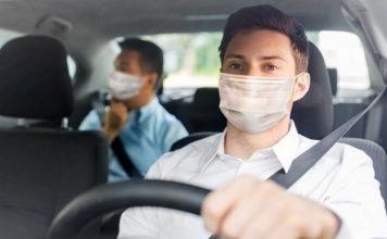 Mascarilla en el coche - ¿multa DGT?
