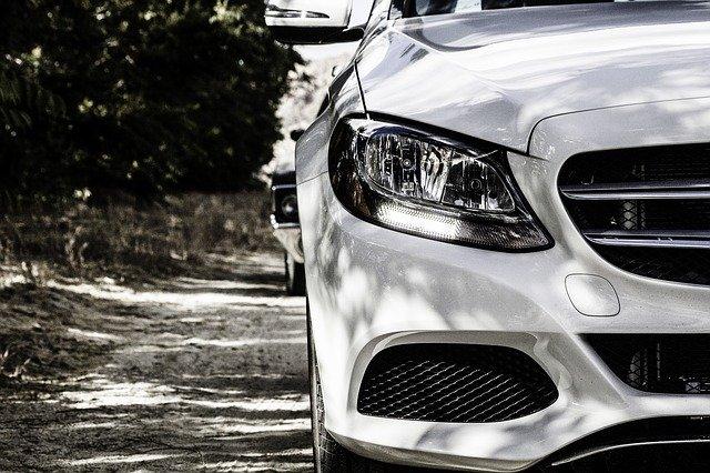 publicidad de negocios en coches