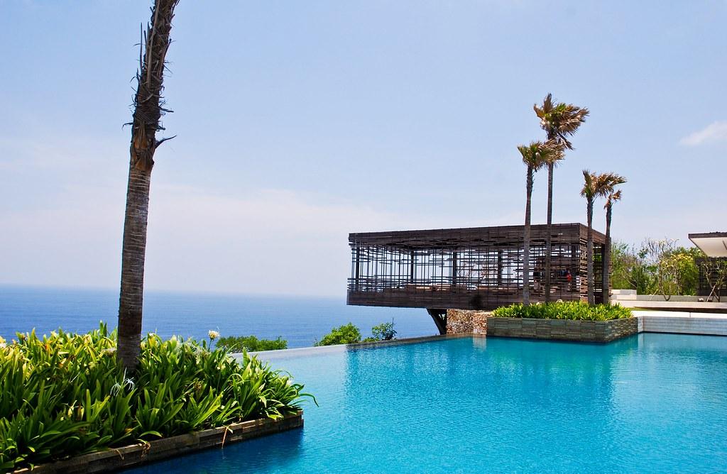 Las piscinas más asombrosas del mundo (en algunas puedes bañarte)