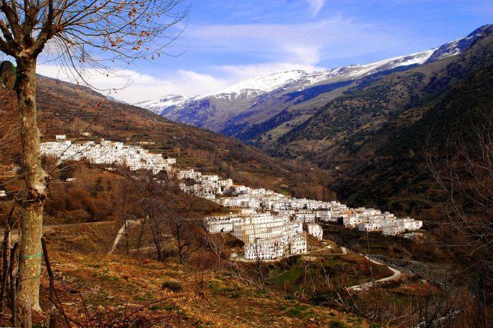 Trevélez, Pueblos de España