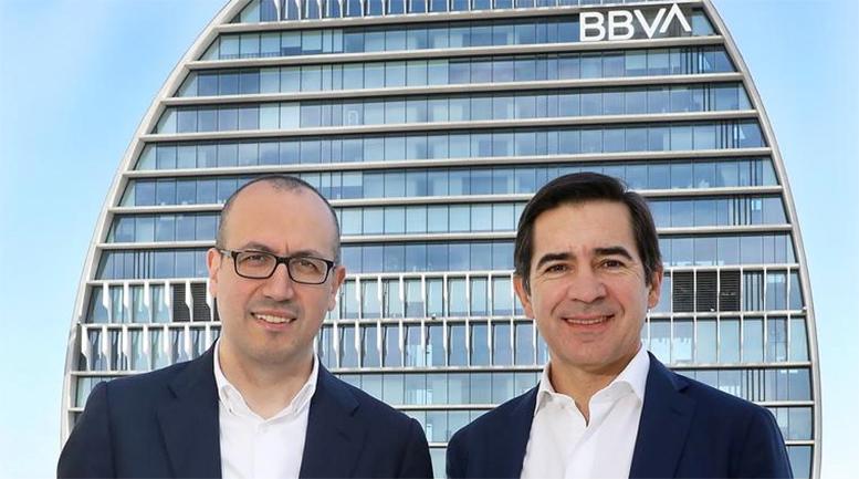 BBVA hace jaque: Torres acorrala al Sabadell y Genç se enfoca en Turquía