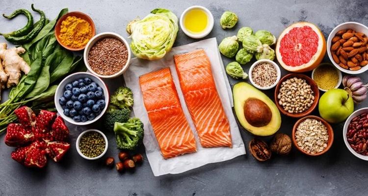 Pescado, frutas y vegetales, dieta nórdica