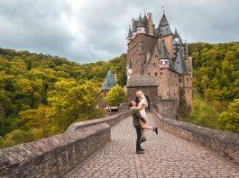 Castillo de cuento de hadas en Europa