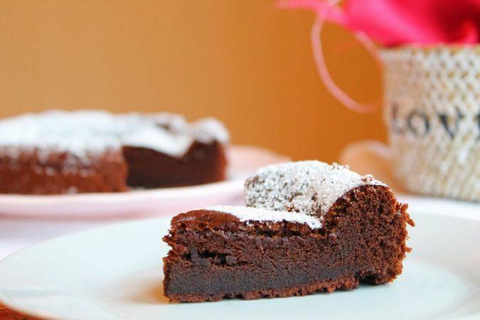 Receta de tarta de chocolate con dos ingredientes