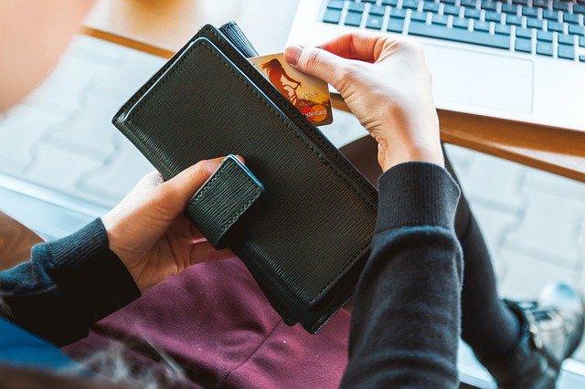 pagar deudas