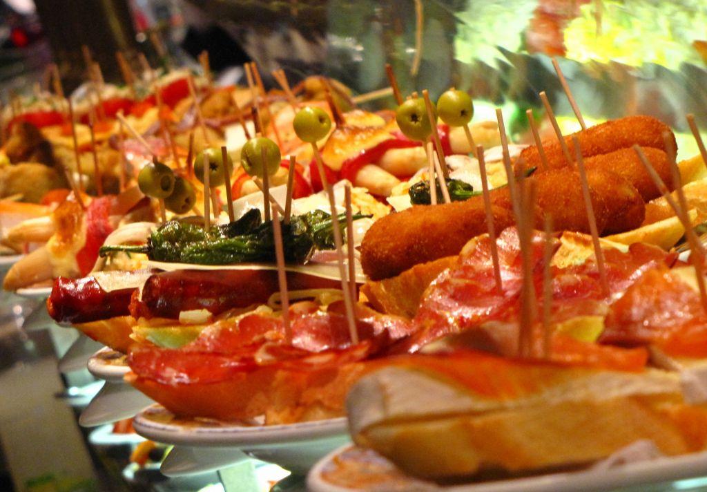 Tabernas y restaurantes para salir de tapas por Sevilla